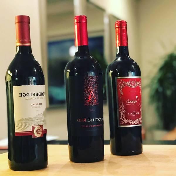 vin rouge pétillant